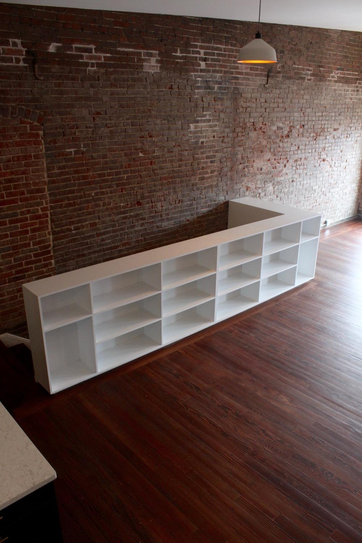 Living shelves_angle